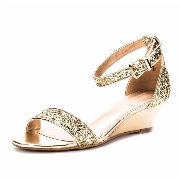 8e4a01212 Dream Paris Shoes - DREAM PAIRS Women s Ingrid Ankle Strap Low Wedge